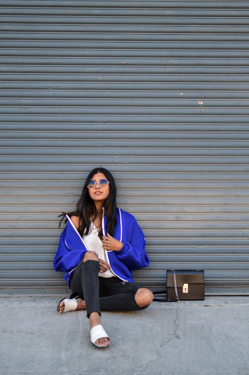 blue-bomber-jacket-winter-fashion-blogger 3