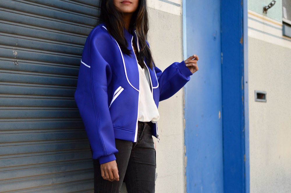 blue-bomber-jacket-winter-style-blogger 4