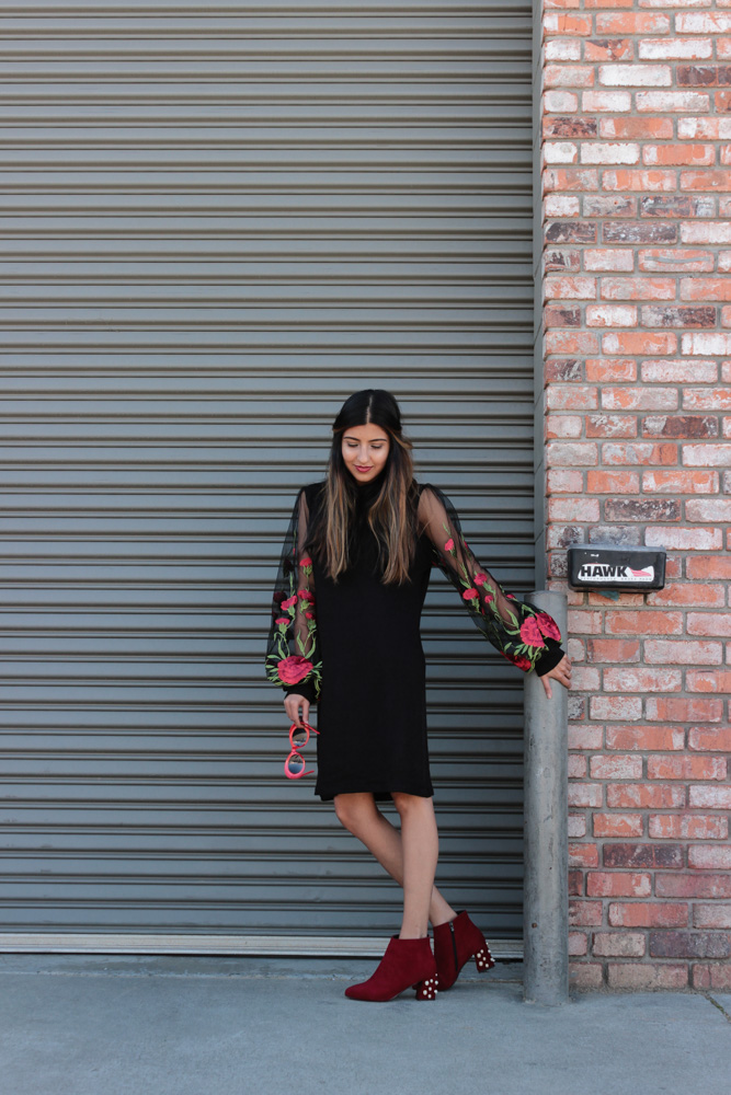embroidered-sheer-sleeves-turtleneck-dress-blogger-outfit 1