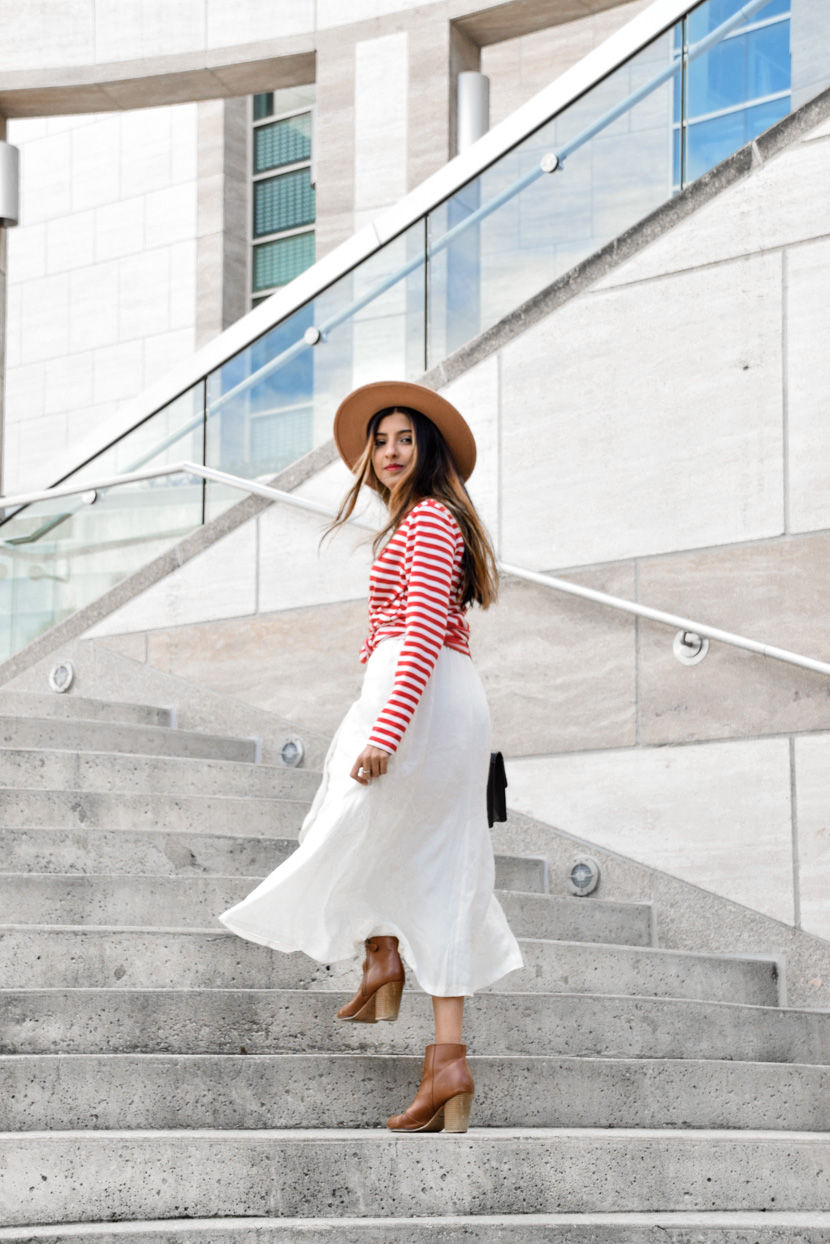 striped-tee-midi-skirt-spring-style-essentials 7