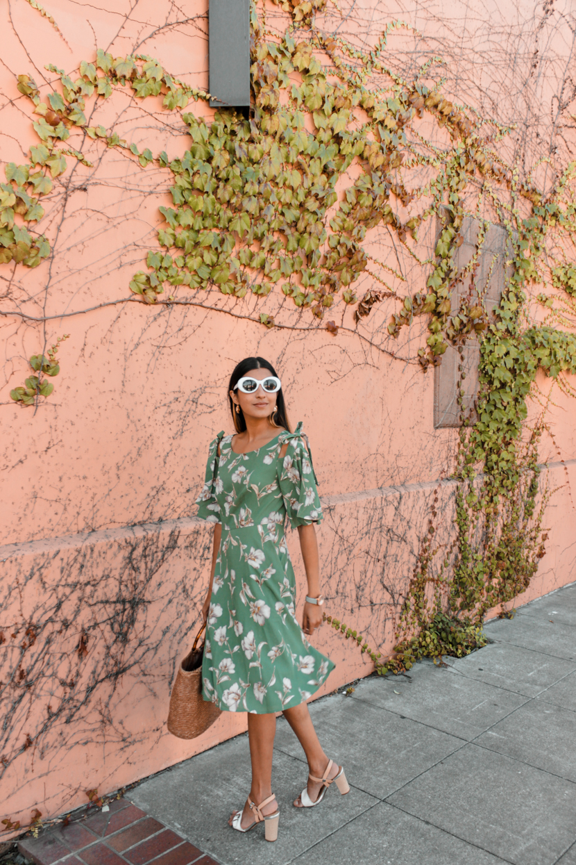 green-floral-dress-midi-blogger-outfit 1