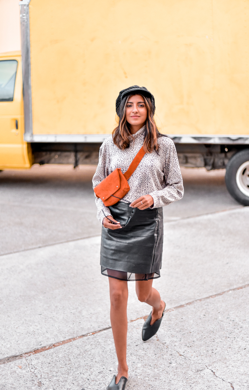 leopard-print-leather-skirt-blogger-outfit 3