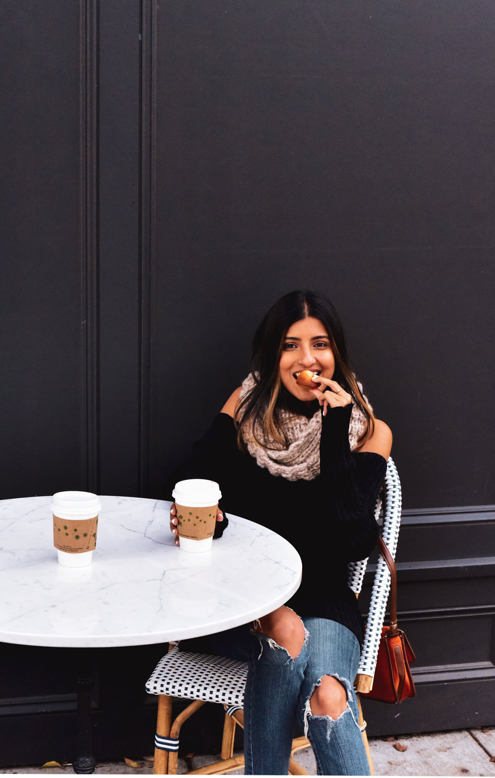 ankura-brand-alpaca-wool-scarf-blogger 3
