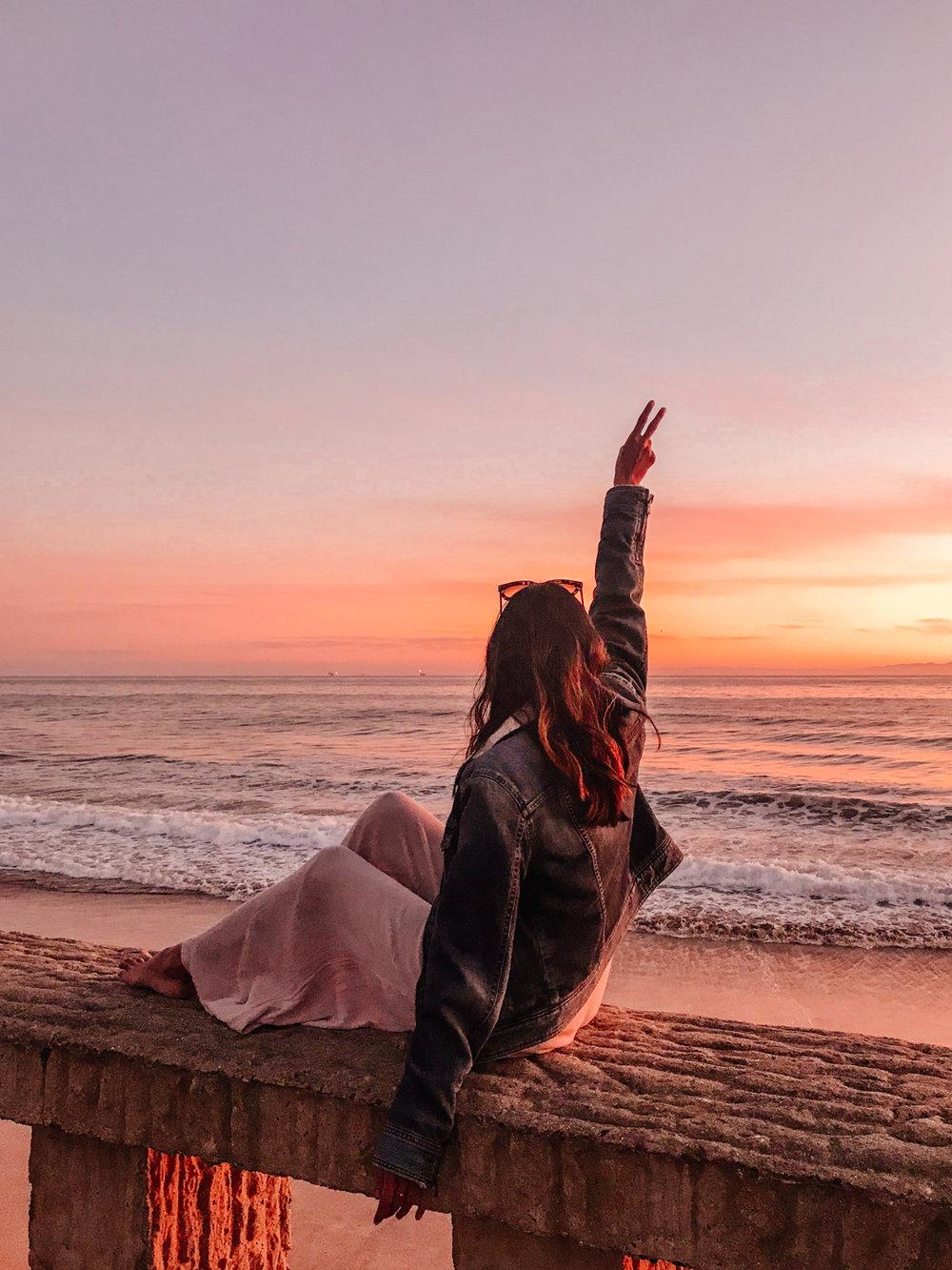 santa-barbara-sunset-travel-blogger 15