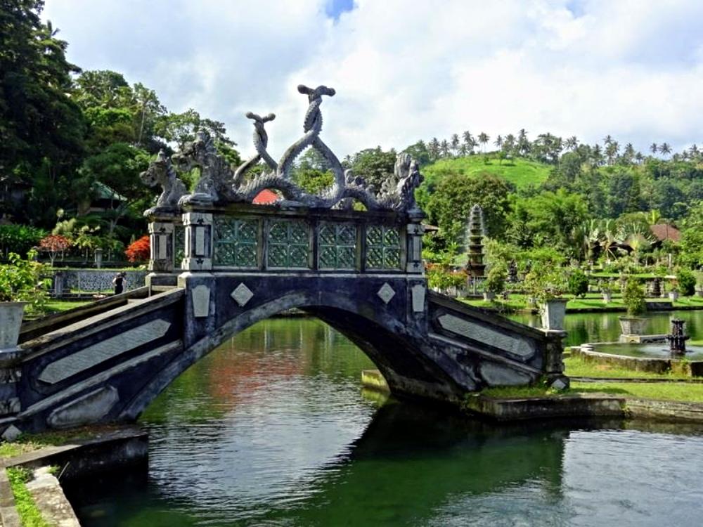 CULTURAL SITE: BALI, INDONESIA