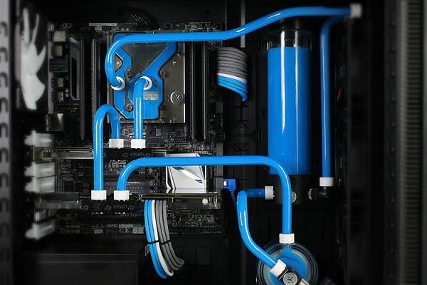 liquid cooling.jpg