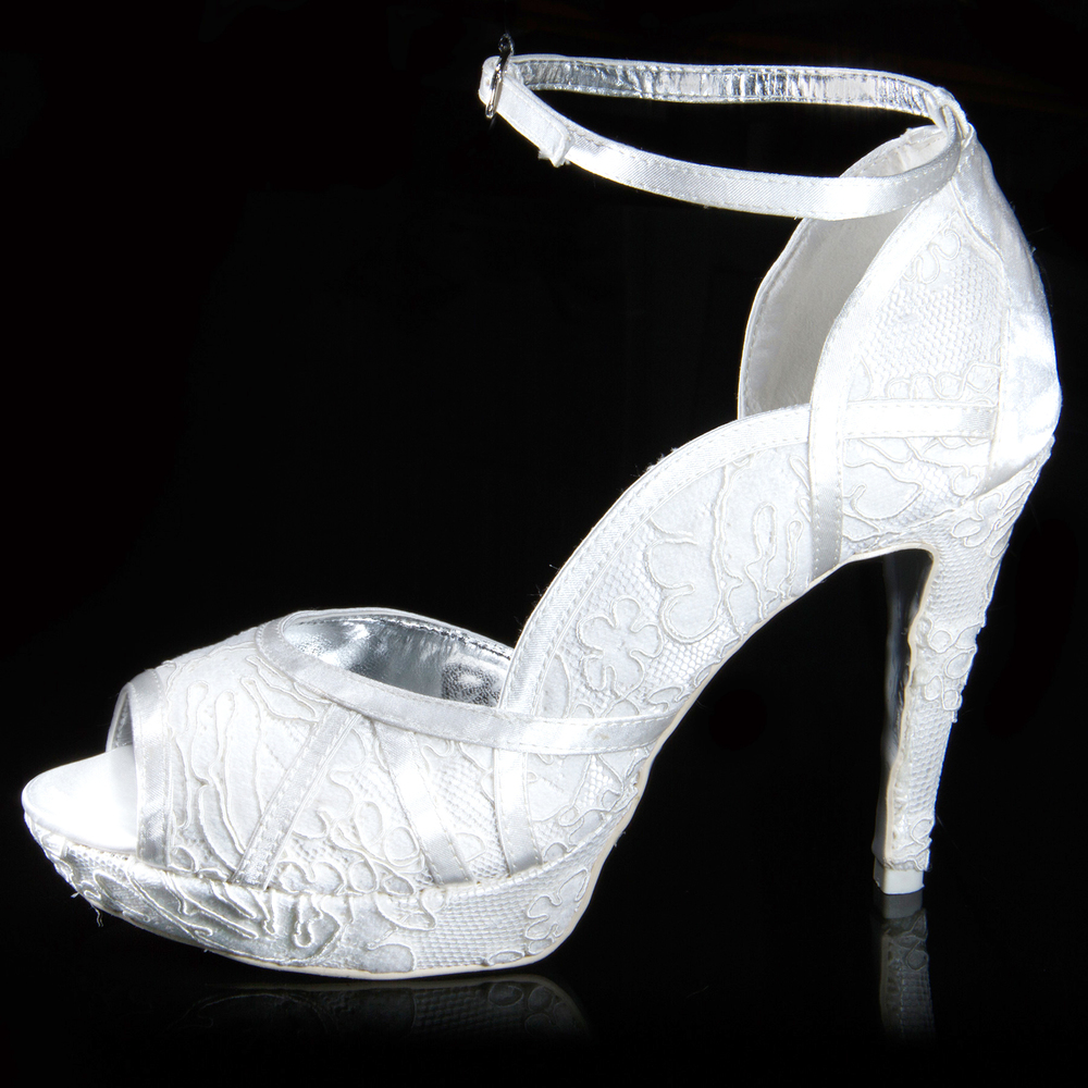 scarpe_sposa_2_marco_resta.jpg