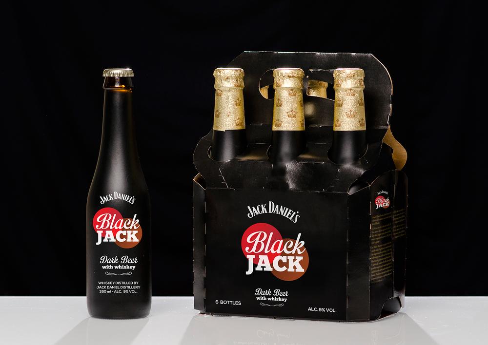 Black Jack - Bière brune au whiskey Création de l'univers de marque et packaging