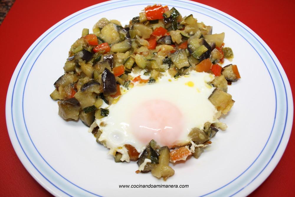 Pisto con huevo cocina for Cocinando 1000 huevos