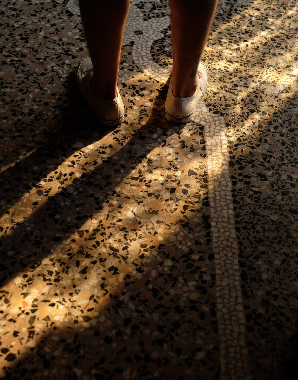 Shoes_x.jpg