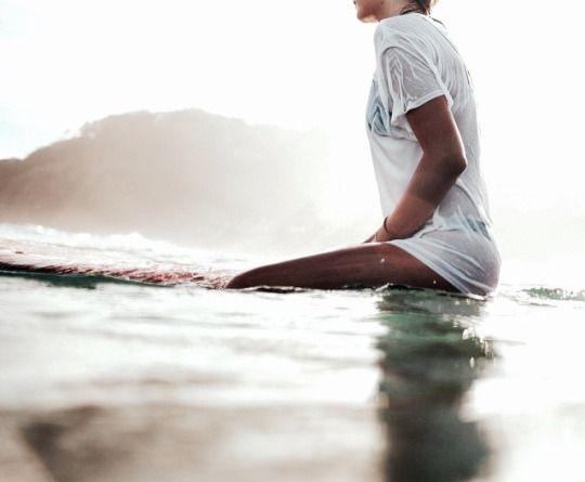 srfnkd tshirt surfboard