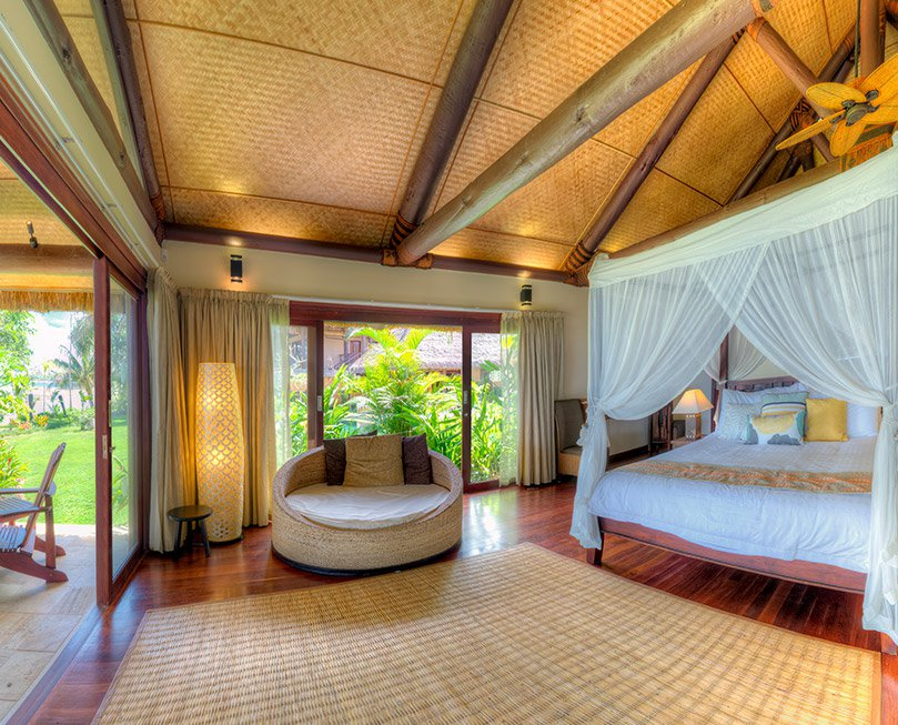 nanuku-fiji-resort-beachfront-pool-suite-2.jpg