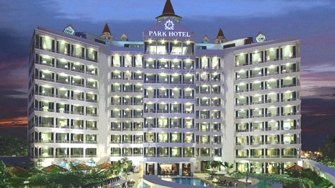 PARK HOTEL CLARKE QUAY - Located right on the Singapore River waterfront, in the city's more fashionable entertainment district, Park Hotel Clarke Quay offers unrivaled accessibility for dining, sightseeing and business meetings, right on your door step.4 Nights in a Superior Room + Bonuses $559PPReturn Airfares with Singapore AirlinesOn Sale till 30th April 2019Travel dates 1 June 2019 - 31st March 20**** Conditions Apply ****