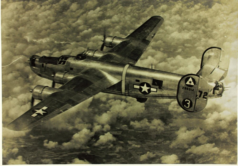 "Example of a B-24 Bomber in WWII. ""Twinkletoes,"" from the 716TH Squadron, 449th Bomb Group.  (Courtesy  https://449th.com/collins-crew/ )"