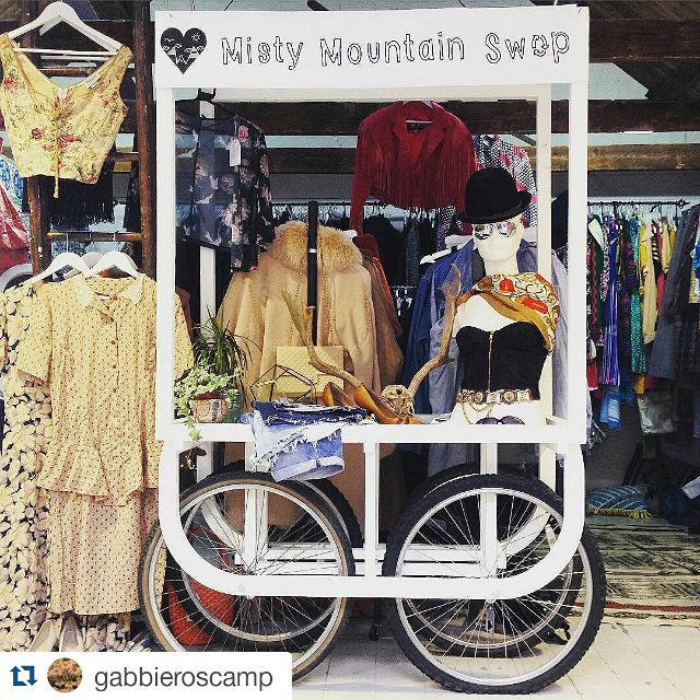#Repost @gabbieroscamp with @repostapp ・・・ Love @mistymountainswop! Go visit while it's here! 👛👒👗👠👚👘#clothesswapshop #popup