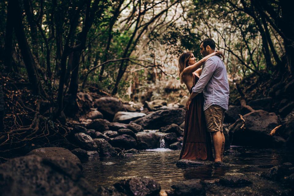 Oahu Hawaii waterfall couples