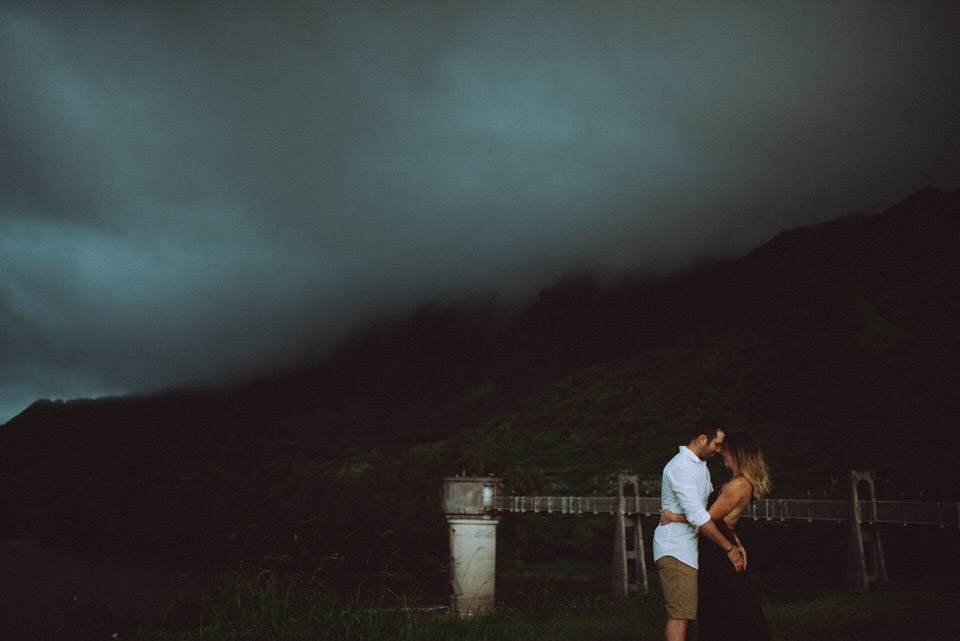 Intimate Couples Session Hawaii - Destination Photographer  (32 of 51).jpg