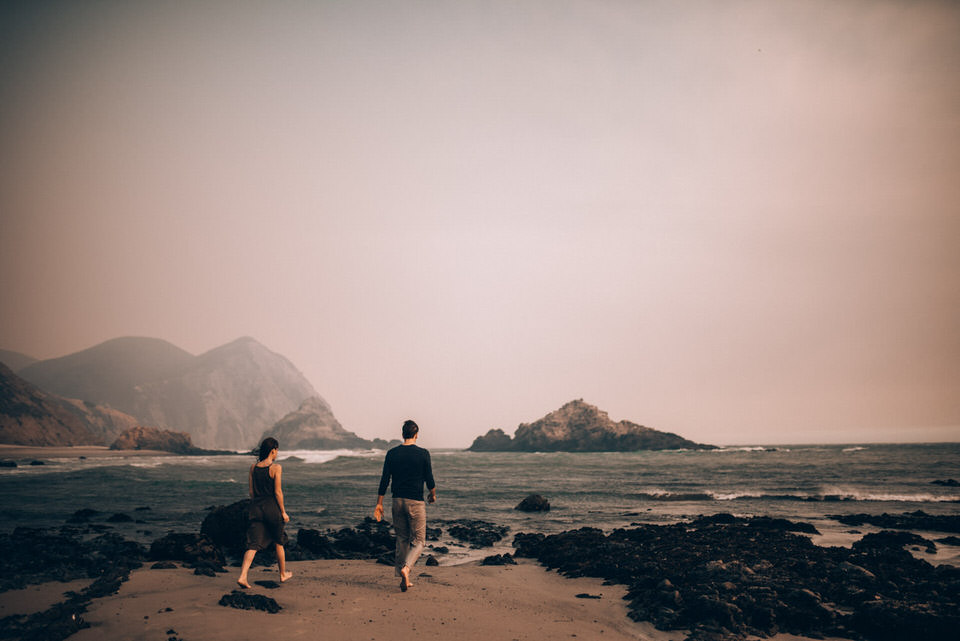 Big Sur pfeiffer beach engagement photos