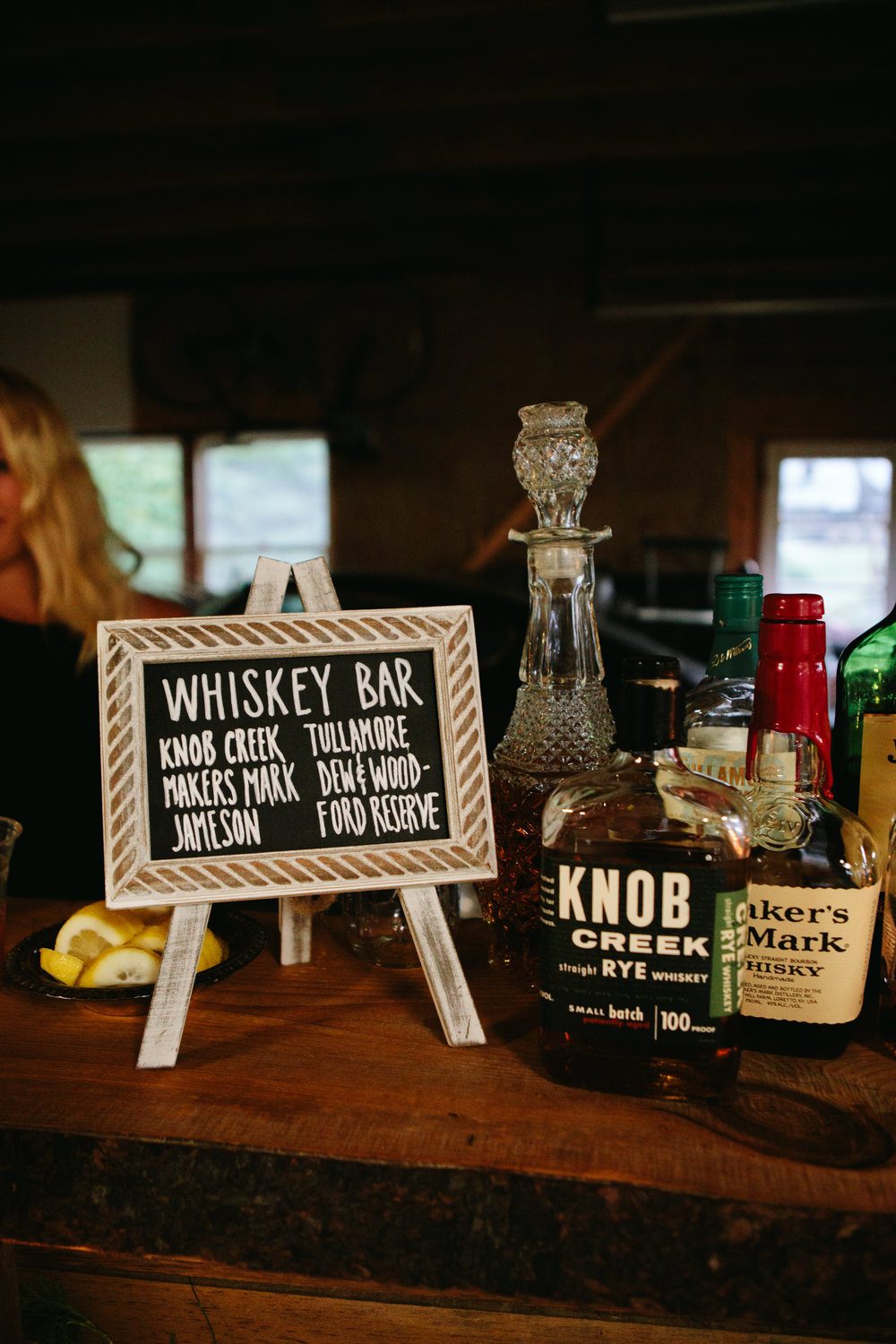 whiskey-bar-wedding