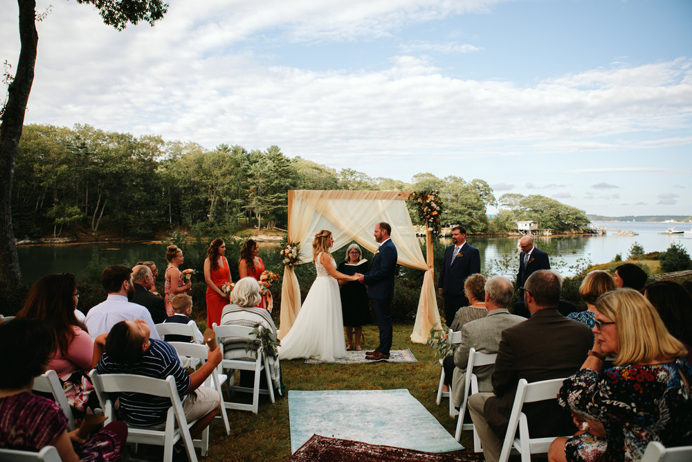 coastal-new-england-wedding-ceremony