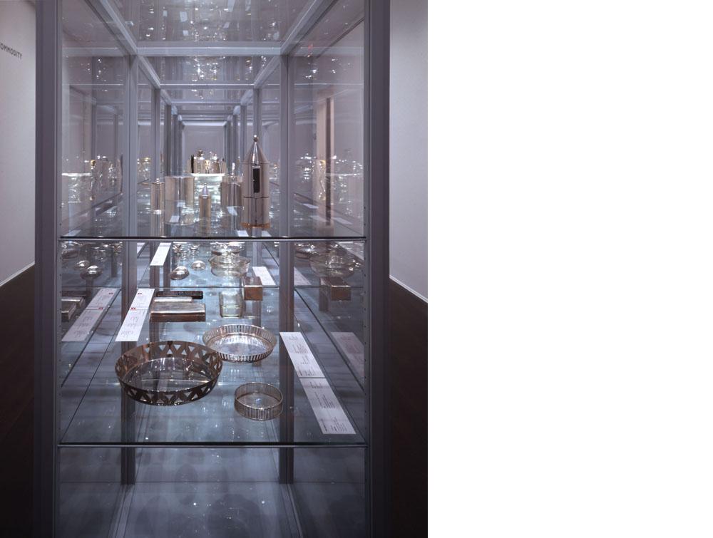Viennese Silver, exhibition design, Neue Galerie New York, 2003