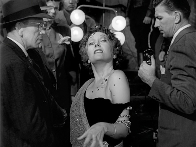Gloria Swanson + Sunset Boulevard + end 13.jpg