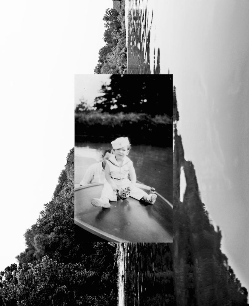 boat bw.jpg