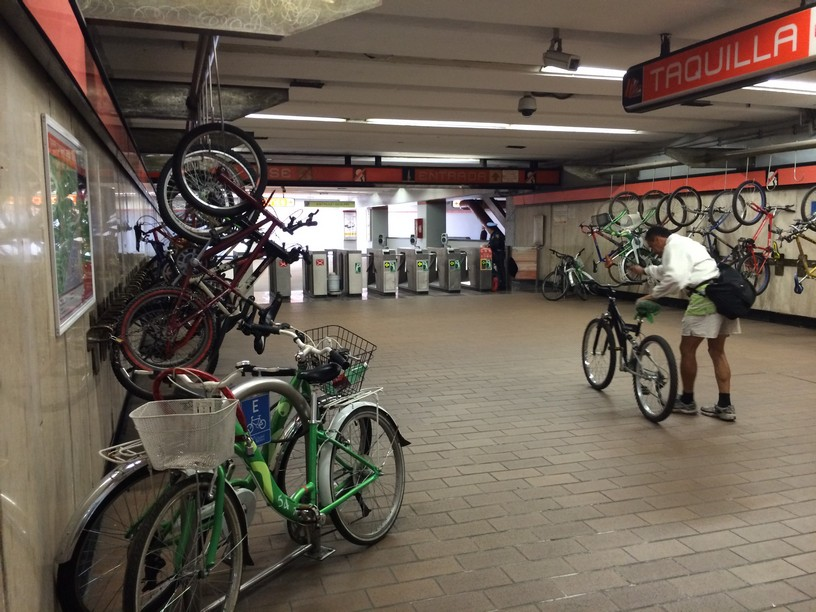 Bike in Mexcio City Subway