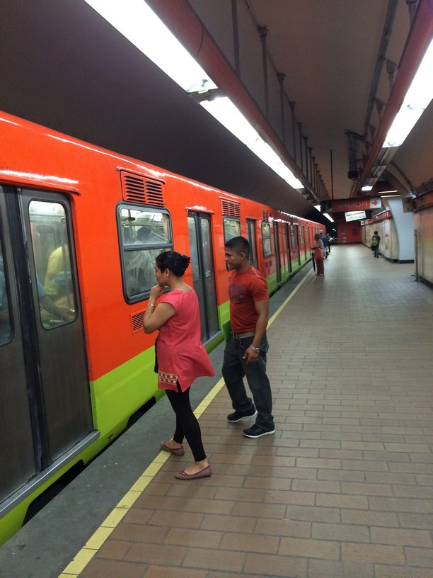 Mexico City Subways are clean