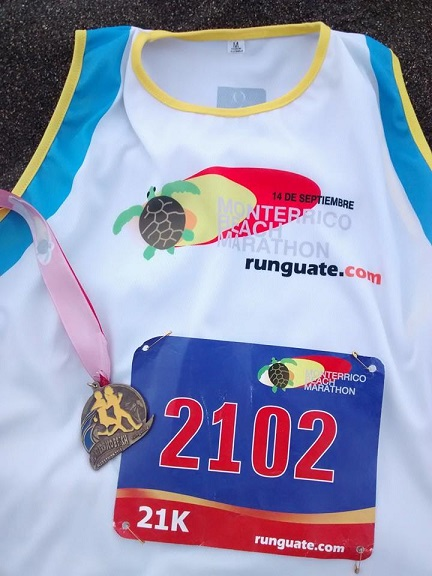 Shirt, bib and medal from my first half marathon in Guatemala