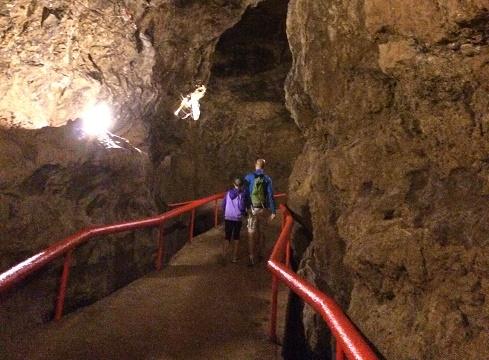 K&E cave trail.jpg