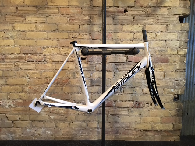 Ridley Excalibur. A lightweight bike designed to ride over hills, mountains and Belgium cobblestones. The Excalibur has an excellent combination of comfort and stiffness. Size: Large. Call for pricing.
