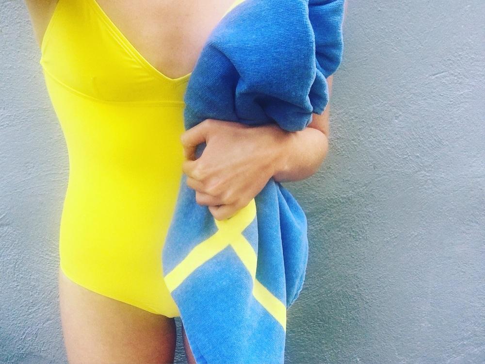 swimsuit.