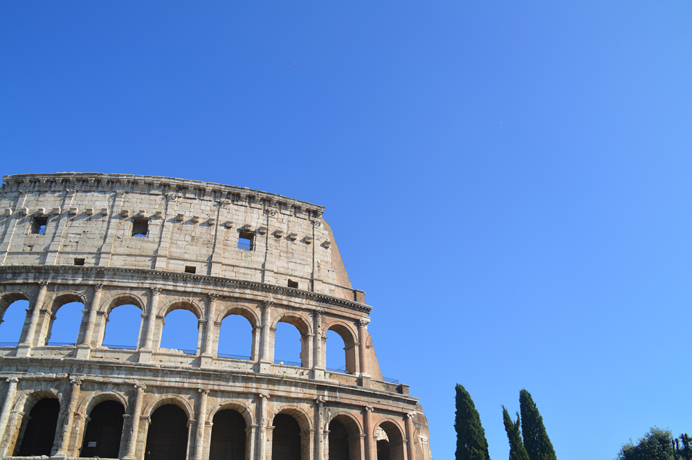 I visited the Colosseum when it had free admission...wasn't exactly empty...