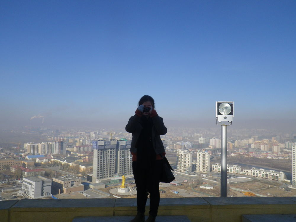 Budget travel in Mongolia. Ulaanbaatar pollution.