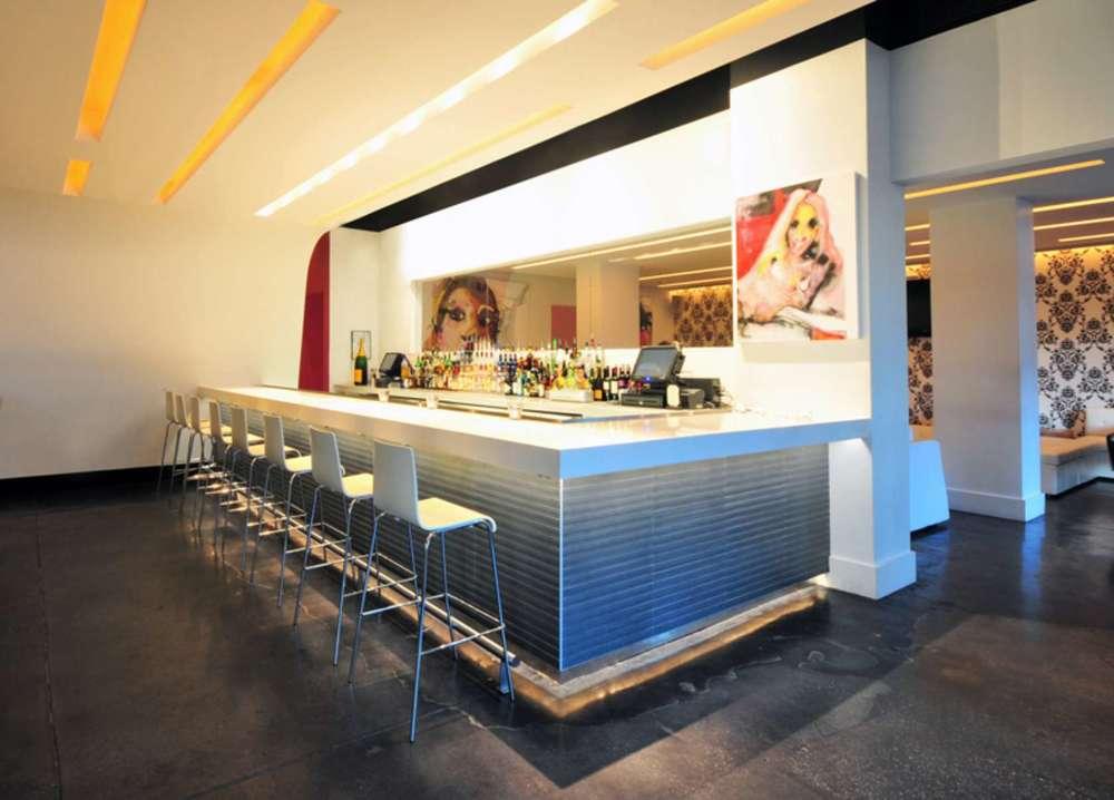 Ivory Lounge, Sarasota 03.jpg