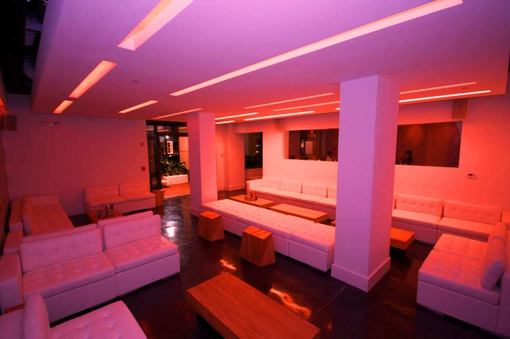 Ivory Lounge, Sarasota 07.jpg
