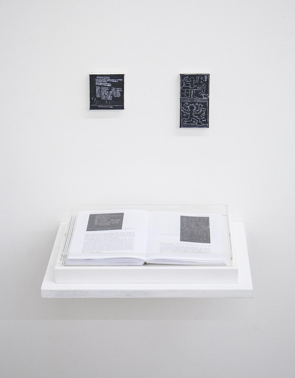 Páginas 174 e 175 (série Foi Assim Que Me Ensinaram) •2014 •Livro emoldurado, óleo sobre tela •21,5 x 31 cm (livro), 7,3 x 7,5 cm, 6,1 x 11,8 cm