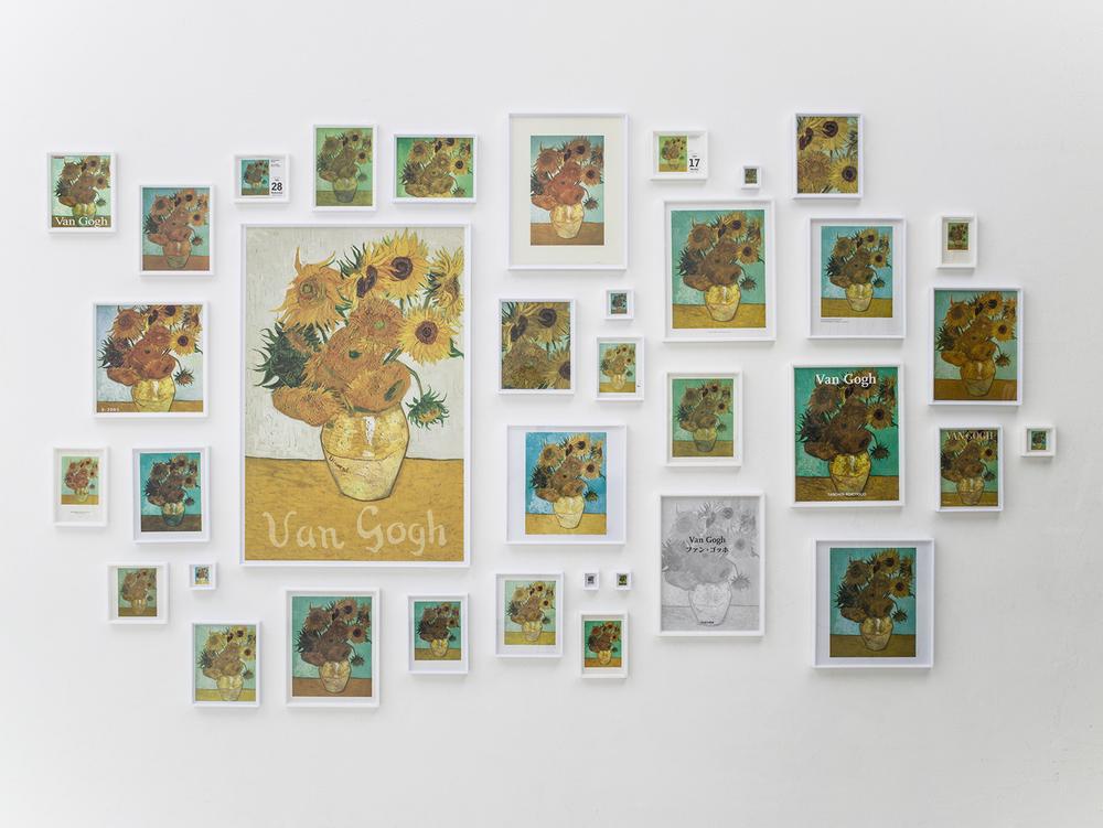 A Escolha •2005/2012 •Impressos, páginas de livros, cartões e calendários emoldurados • Dimensões variáveis