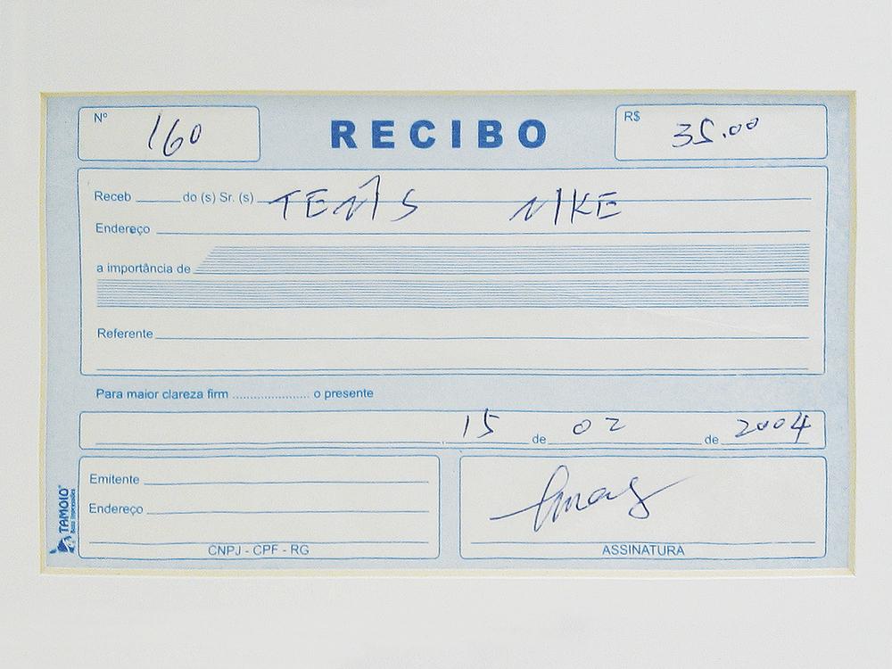 Nike: R$ 35,00 (série O Que Te Seduz) (detalhe) •2003/2004 •Fotografia, impressão digital, recibo de compra •69 x 120 cm, 30 x 30 cm (díptico)• Coleção MARP - Museu de Arte de Ribeirão Preto