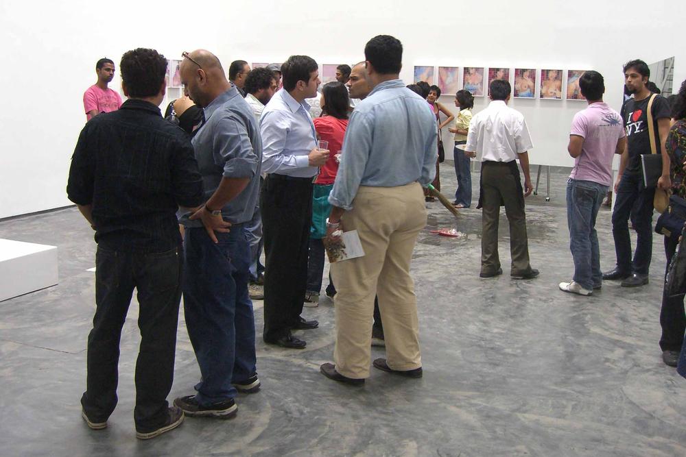 Exposição coletiva  loosentiefirst  ,na Gallery Maskara, em Mumbai, India, 2008.