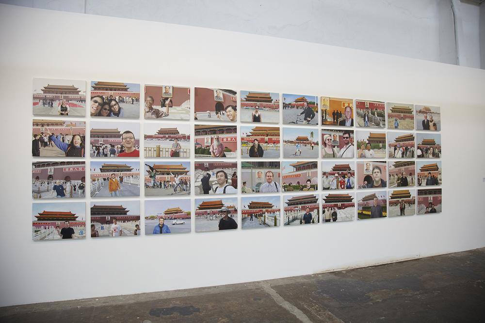 Exposição coletiva   Paralela 2010   ,      em São Paulo.  Setembro de 2010. Curadoria Paulo Reis.