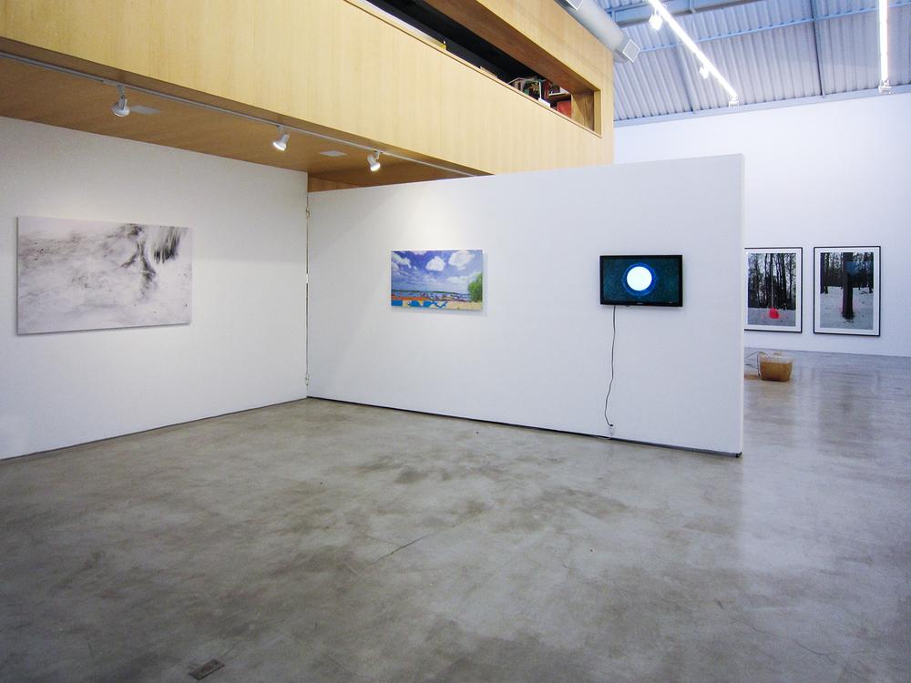 Coletiva  Território de Caça , curada por Mario Gioia, na Galeria Zipper, São Paulo. Dezembro de 2011.