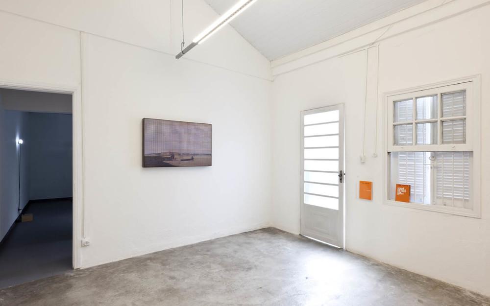 Exposição coletiva  Pretérito Perfeito  no Projeto Fidalga, São Paulo, 2012.  Foto: Ding Musa
