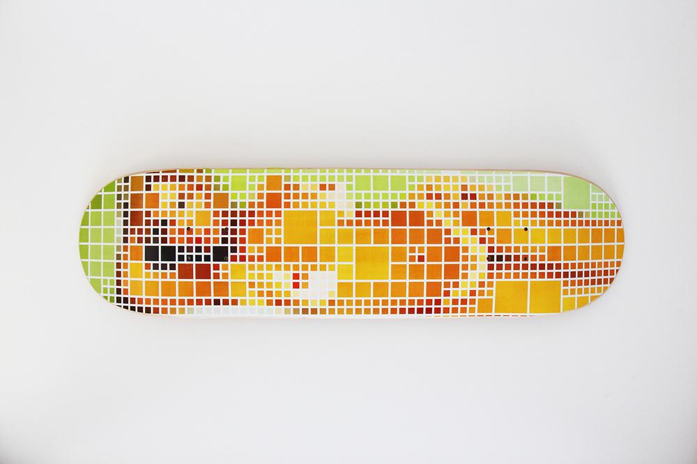 Deck • 2011 •Impressão digital em skate de madeira •21,5 x 82 cm • Múltiplo