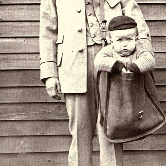 Today hundreds of millions of parcels are shipped every year, but back when parcel post first began in America in 1913, some people found... creative... ways to use it. Take Jess and Mathilde Beagle for example, who posted their 8-month old son James to his grandmother's house! They paid just 15 cents to send James on his way, but they did insure him for $50... Thanks to @waggledancekids for pointing us in the direction of this amazing story!