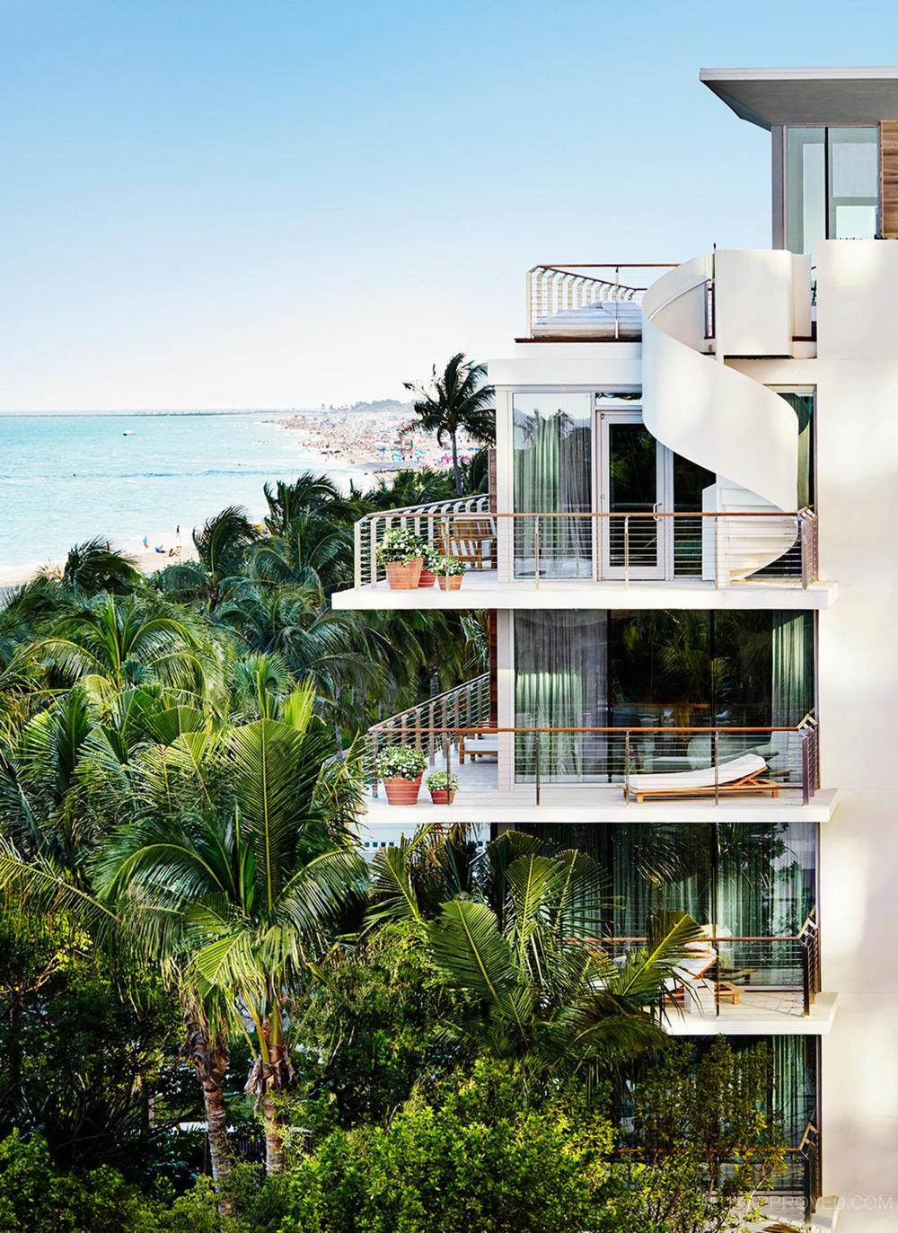 Miami-Beach-Bungalow-Tower-Gallery.jpg