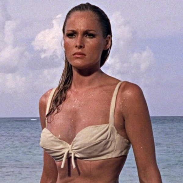 ursula andress bond girlhttp://fashionetc.com/features/features/7737-25-bond-girls-in-bikinis