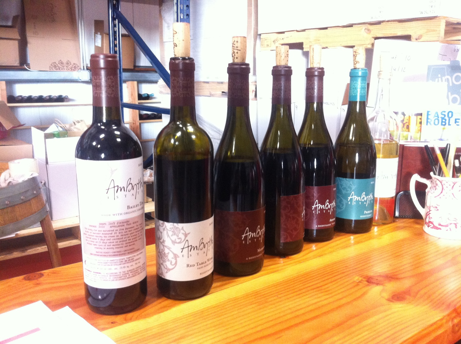 Wine tasting at Ambyth Estate