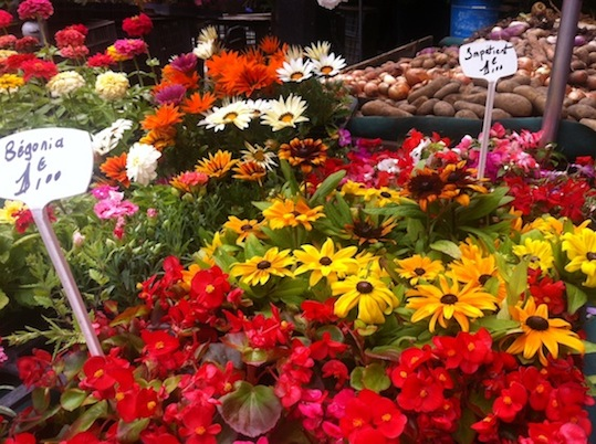 Flowers at Marché Ornano